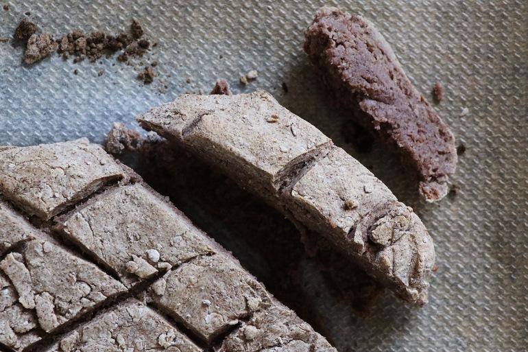 gluten-free-bread-whateveryourpantry-0